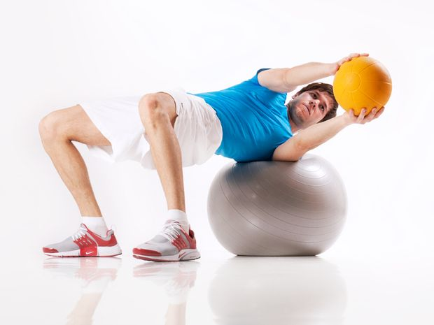 Torso Rotation on Swiss ball